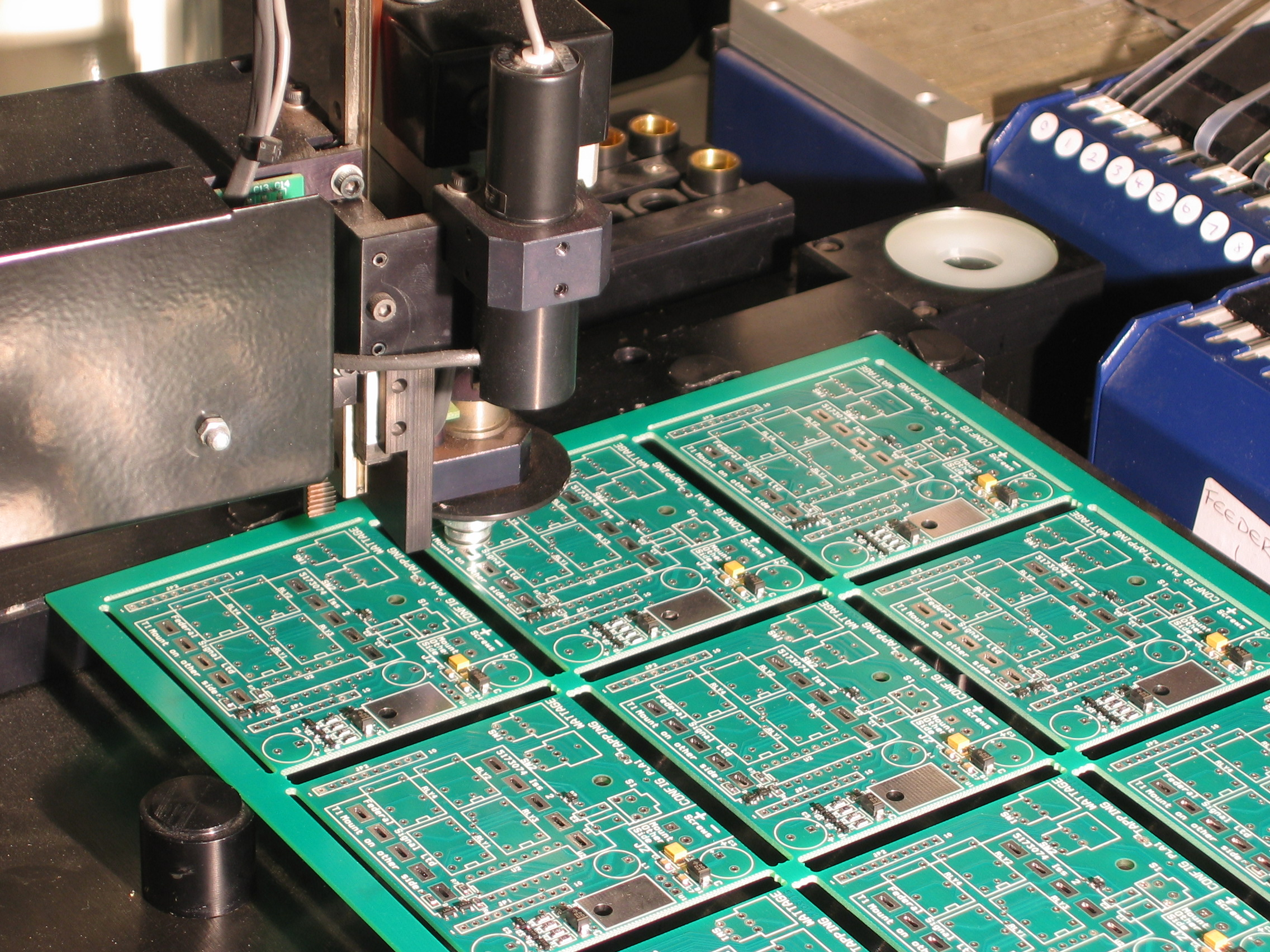 Technofriends Electronic Solutions Printed Circuit Boards Manufacturer High Technology Pcb Vlsi And Designing Since 2014 Having Done Lot Of Work In Above Fields We Operate On Various Segments Like Sales Business